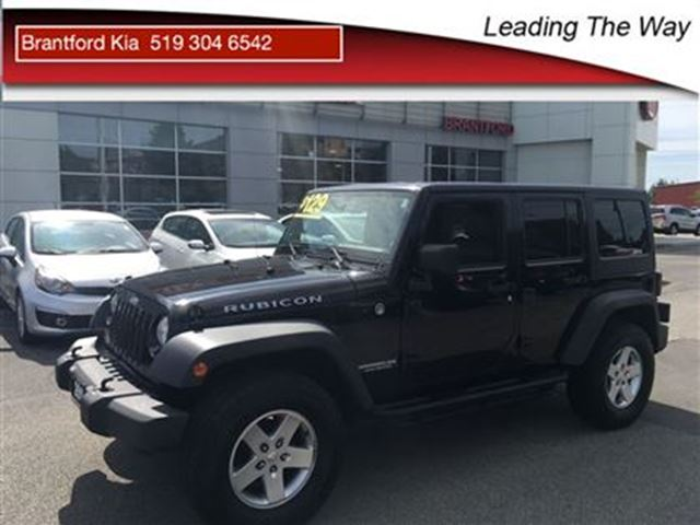 2011 JEEP WRANGLER Unlimited Rubicon in Brantford, Ontario