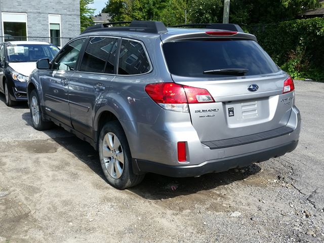 2010 subaru outback 3 6r w limited pkg multimedia grey. Black Bedroom Furniture Sets. Home Design Ideas