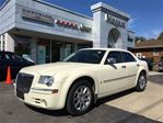 2010 Chrysler 300 LIMITED,LEATHER,CHROME WHEELS,SUNROOF in Niagara Falls, Ontario