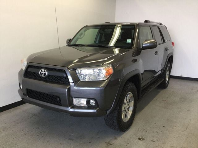 2013 toyota 4runner sr5 sherwood park alberta car for sale 2596681. Black Bedroom Furniture Sets. Home Design Ideas