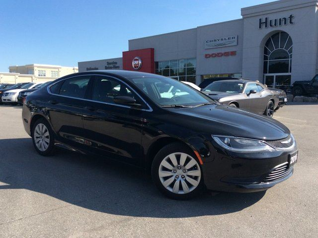 2016 chrysler 200 company demo lx black hunt. Black Bedroom Furniture Sets. Home Design Ideas