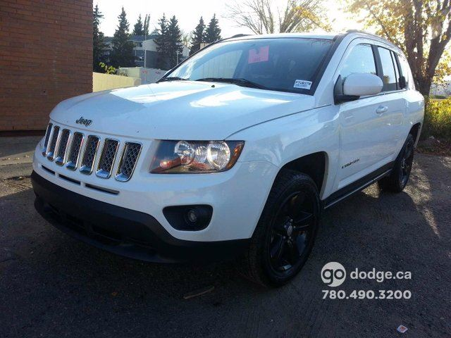 2015 jeep compass sport white southtown chrysler. Black Bedroom Furniture Sets. Home Design Ideas
