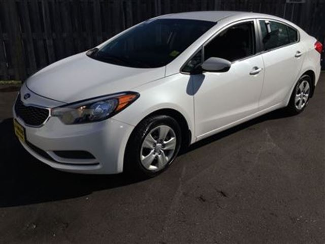 2015 kia forte lx automatic white j p motors. Black Bedroom Furniture Sets. Home Design Ideas