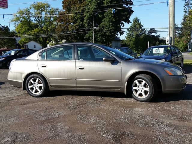 2006 nissan altima 2 5 s oshawa ontario used car for sale 2599397. Black Bedroom Furniture Sets. Home Design Ideas