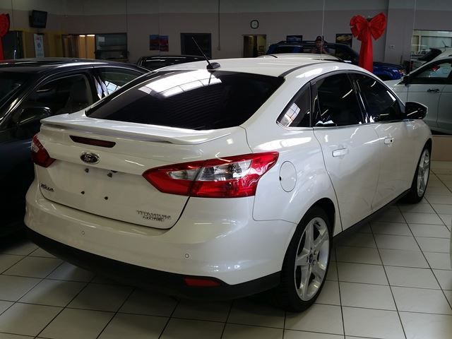 2013 ford focus titanium rexdale ontario used car for sale 2600397. Black Bedroom Furniture Sets. Home Design Ideas