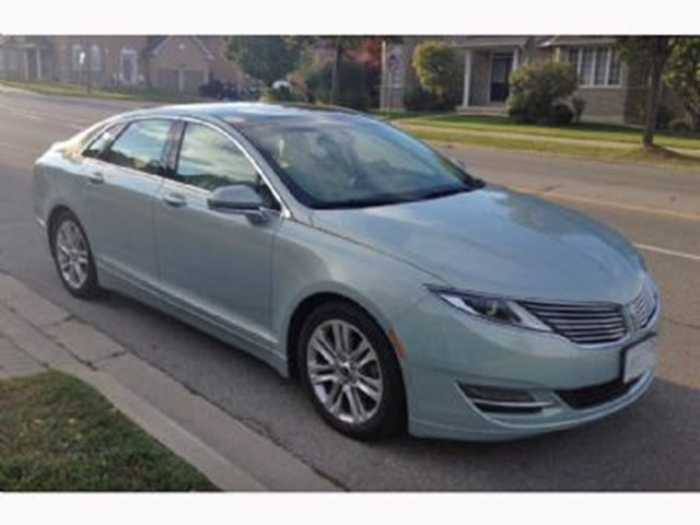 2014 LINCOLN MKZ Hybrid in Mississauga, Ontario