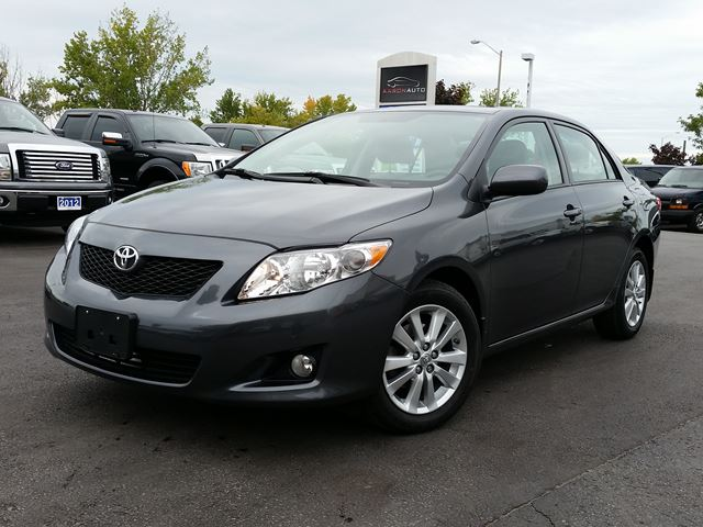 2010 toyota corolla le sunroof low km 39 s grey aaron auto. Black Bedroom Furniture Sets. Home Design Ideas