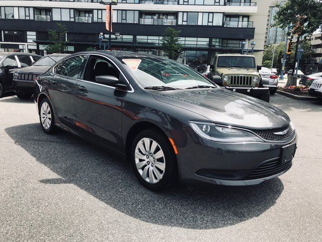 2016 chrysler 200 lx no accidents locally driven low. Black Bedroom Furniture Sets. Home Design Ideas