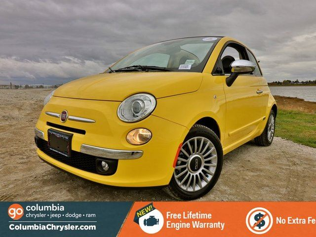 2013 FIAT 500 LOUNGE, CONVERTIBLE, LEATHER SEATS, BLUETOOTH HANDS FREE, BACKUP SENSORS, LOW MILEAGE, FREE LIFETIME ENGINE WARRANTY! in Richmond, British Columbia