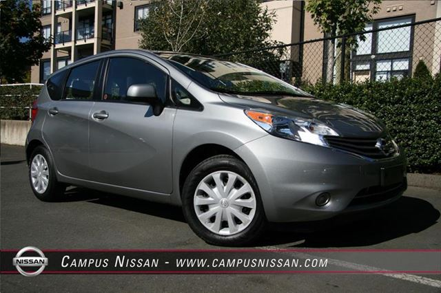 2014 nissan versa sv low km victoria british columbia. Black Bedroom Furniture Sets. Home Design Ideas