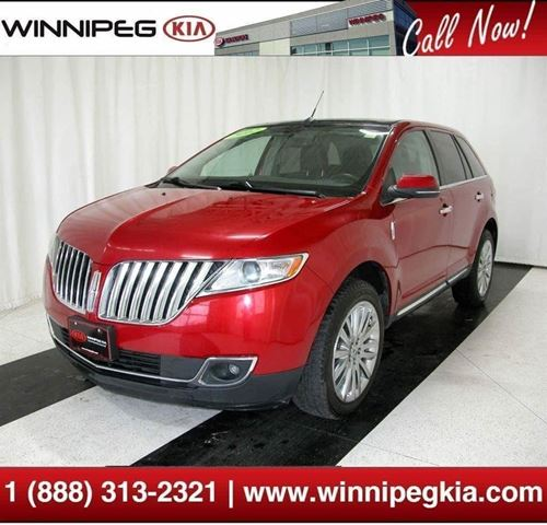 2012 LINCOLN MKX *Loaded w/ Backup Cam., Pano. Sunroof & More!* in Winnipeg, Manitoba
