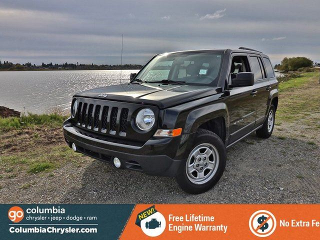 2015 JEEP PATRIOT NORTH, 4X4, POWER GROUP, KEYLESS ENTRY, NO ACCIDENTS, FREE LIFETIME ENGINE WARRANTY! in Richmond, British Columbia