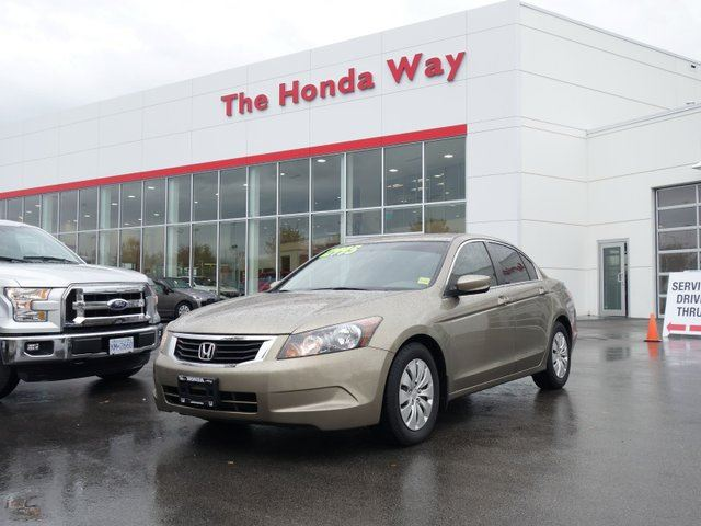 2009 HONDA Accord LX- Honda Way Certified LOW KM in Abbotsford, British Columbia