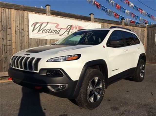2016 jeep cherokee trailhawk ottawa ontario used car. Black Bedroom Furniture Sets. Home Design Ideas