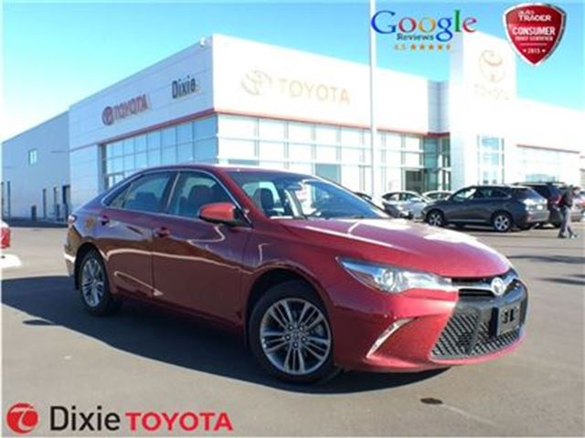 2015 toyota camry se mississauga ontario used car for sale 2611150. Black Bedroom Furniture Sets. Home Design Ideas