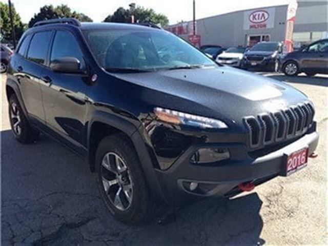 2016 jeep cherokee trailhawk 4x4 8 4 milton ontario car. Black Bedroom Furniture Sets. Home Design Ideas