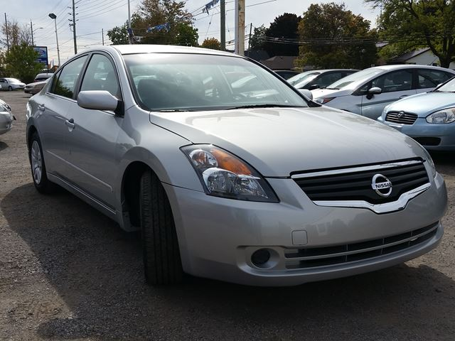 2009 nissan altima 2 5 s oshawa ontario used car for sale 2611592. Black Bedroom Furniture Sets. Home Design Ideas