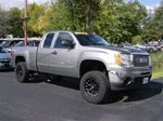 2009 GMC Sierra 1500 EXTENDED CAB 4X4 !! STANDS RIGHT UP !! in Welland, Ontario