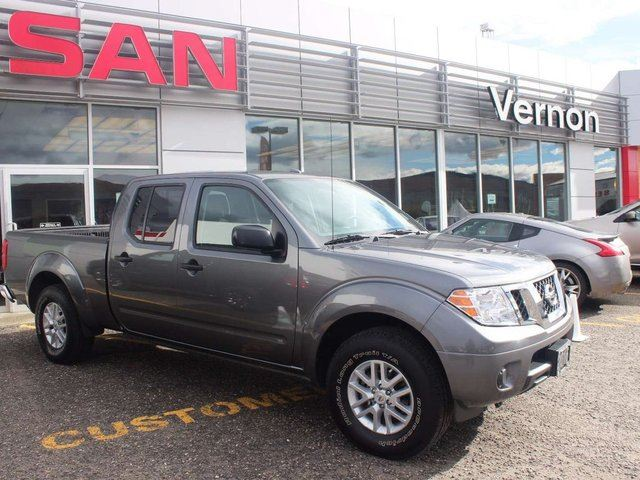 2016 nissan frontier sv 4x4 crew cab kelowna british columbia used car for sale 2611984. Black Bedroom Furniture Sets. Home Design Ideas