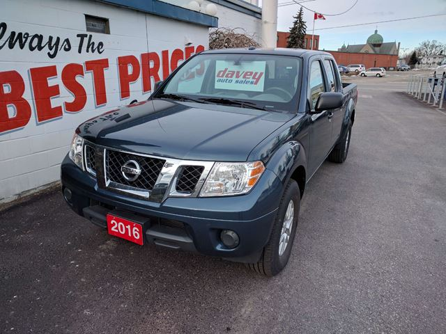 2016 nissan frontier sv 4x4 crew cab bluetooth oshawa ontario used car for sale 2612463. Black Bedroom Furniture Sets. Home Design Ideas