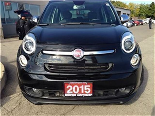 2015 fiat 500l lounge milton ontario used car for sale 2613813. Black Bedroom Furniture Sets. Home Design Ideas