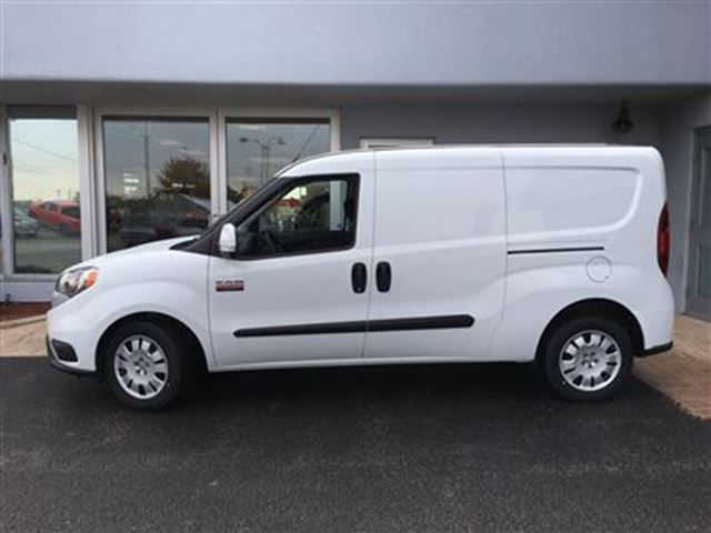 2016 ram promaster city slt almost new simcoe ontario used car for sale 2613942. Black Bedroom Furniture Sets. Home Design Ideas