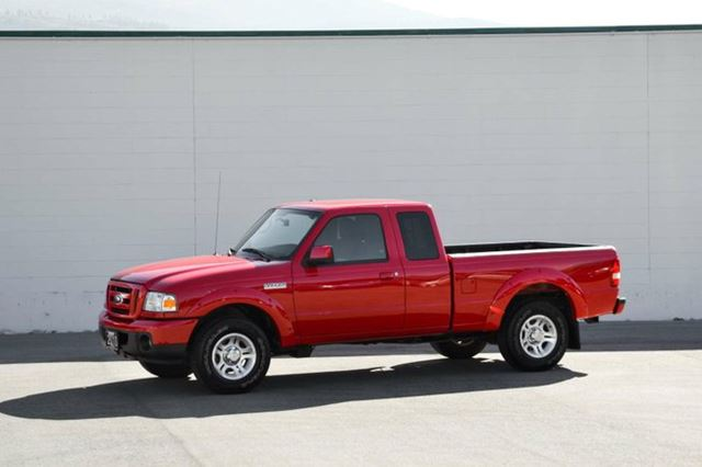 2010 FORD RANGER Sport 4dr 4x2 Super Cab Styleside 6 ft. box 125.7 in. WB in Penticton, British Columbia