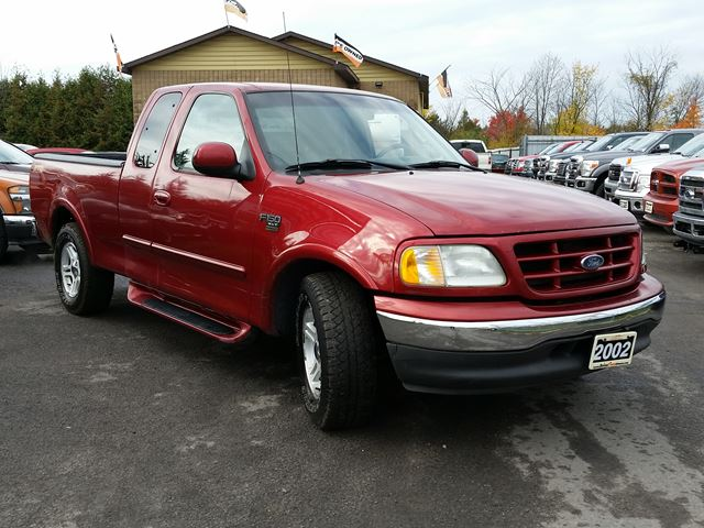 2002 ford f 150 xlt super cab ottawa ontario used car for sale 2616229. Black Bedroom Furniture Sets. Home Design Ideas