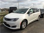 2017 Chrysler Pacifica Touring-L**DEMO**ONLY 1623 KMS** in Mississauga, Ontario