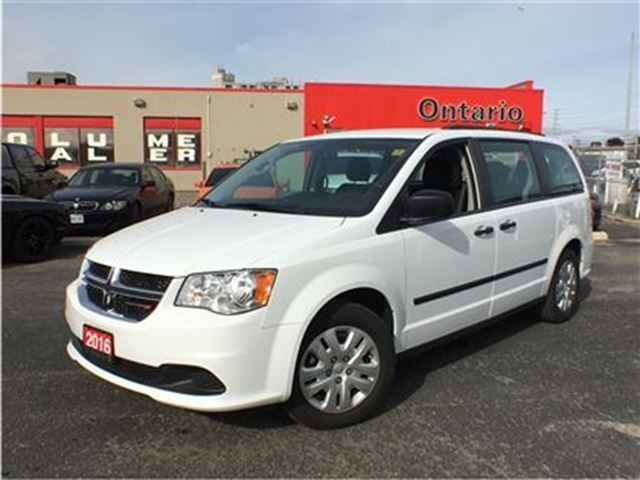 2016 dodge grand caravan canadian value package stow and go power. Black Bedroom Furniture Sets. Home Design Ideas