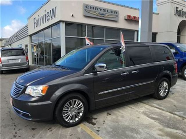 2015 chrysler town country touring l grey fairview chrysler. Black Bedroom Furniture Sets. Home Design Ideas