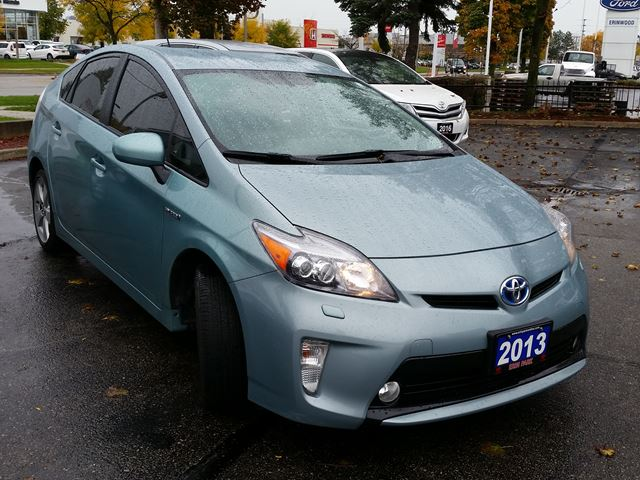 2013 toyota prius touring pkg navi moonroof 17 alloy wheels mississauga ontario car. Black Bedroom Furniture Sets. Home Design Ideas