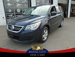 2009 Volkswagen Routan navigation dvd leather 4. liter camera in Guelph, Ontario