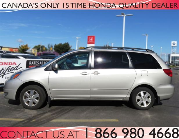 2005 toyota sienna le low price hamilton ontario car for sale 2619438. Black Bedroom Furniture Sets. Home Design Ideas