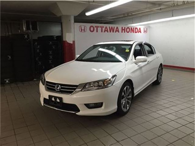 2014 honda accord touring white ottawa honda pre owned. Black Bedroom Furniture Sets. Home Design Ideas