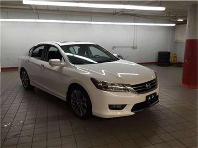 2014 honda accord touring ottawa ontario used car for sale 2622118. Black Bedroom Furniture Sets. Home Design Ideas