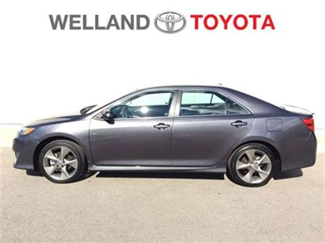 2014 toyota camry se welland ontario used car for sale. Black Bedroom Furniture Sets. Home Design Ideas
