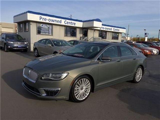 2017 LINCOLN MKZ Reserve AWD in Burlington, Ontario
