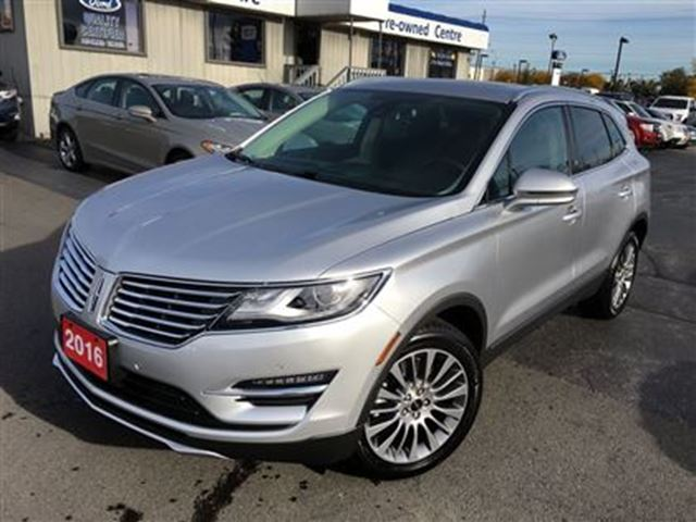 2016 lincoln mkc reserve burlington ontario used car for sale 2624137. Black Bedroom Furniture Sets. Home Design Ideas