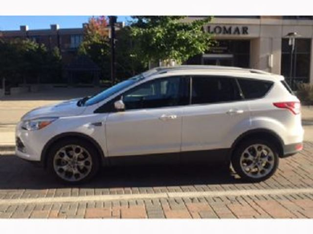 2016 FORD Escape 4WD Titanium in Mississauga, Ontario
