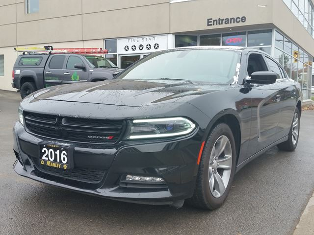 2016 dodge charger sxt lindsay ontario used car for. Black Bedroom Furniture Sets. Home Design Ideas