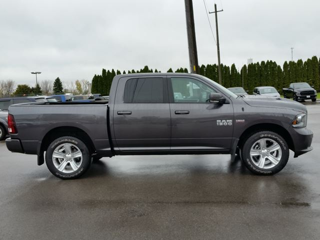 2016 dodge ram 1500 sport 4x4 paris ontario used car for sale 2623589. Black Bedroom Furniture Sets. Home Design Ideas
