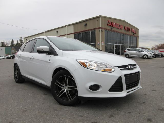 2014 ford focus se alloys a c bt htd seats. Black Bedroom Furniture Sets. Home Design Ideas