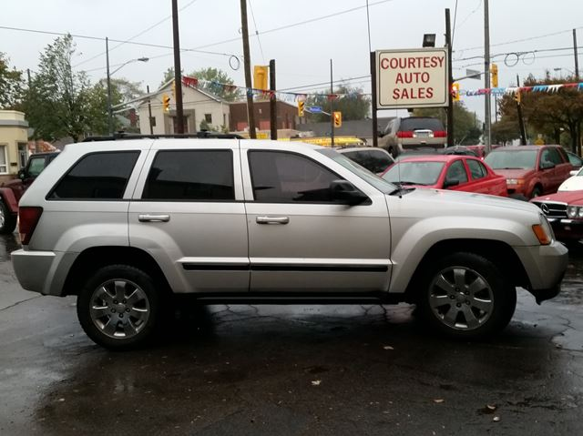 2008 jeep grand cherokee laredo 4x4 st catharines ontario car for sale 2625172. Black Bedroom Furniture Sets. Home Design Ideas