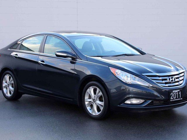 2011 hyundai sonata limited kelowna british columbia used car for sale 2625708. Black Bedroom Furniture Sets. Home Design Ideas