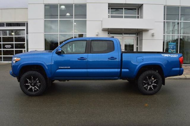 2016 toyota tacoma sr5 4x4 double cab 140 6 in wb kamloops british columbia used car for. Black Bedroom Furniture Sets. Home Design Ideas