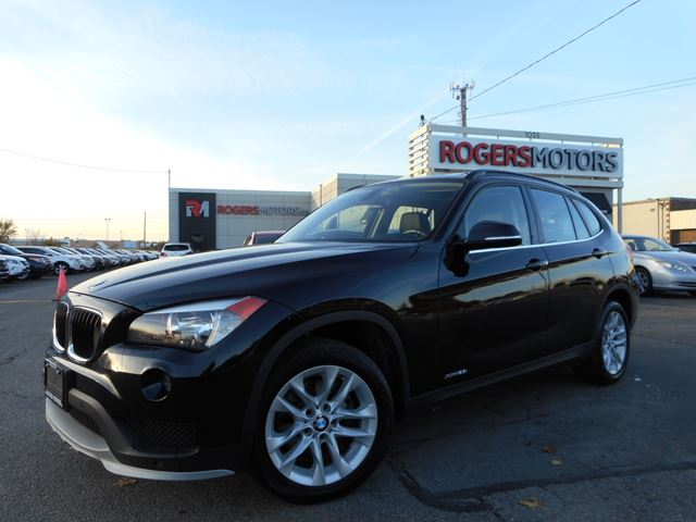 2015 bmw x1 xdrive 28i panoramic roof oakville ontario used car for sale 2626059. Black Bedroom Furniture Sets. Home Design Ideas
