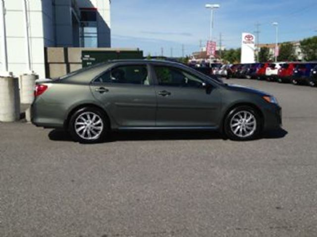 2014 toyota camry 4dr sdn i4 auto le green lease busters. Black Bedroom Furniture Sets. Home Design Ideas