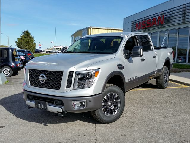2016 nissan titan xd pro 4x silver experience nissan new car. Black Bedroom Furniture Sets. Home Design Ideas