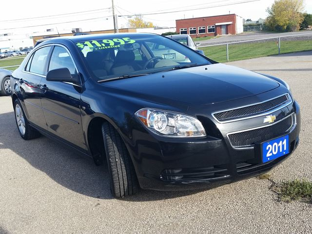 2011 chevrolet malibu ls beamsville ontario used car for sale 2627506. Black Bedroom Furniture Sets. Home Design Ideas